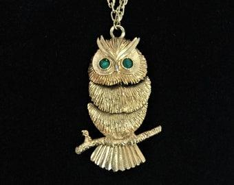 60s Signed Napier Owl Necklace Designer Articulating Body Gold Tone Green Jade Rhinestone Eyes Bird Necklace Nature Hippie Boho