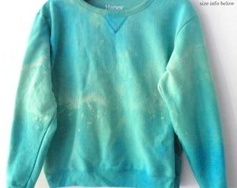 Women's Sweatshirt, Green Sweatshirt, Ladies sweatshirt, MEDIUM Crewneck sweatshirt, grunge, acid wash sweatshirt, tie dye sweatshirt