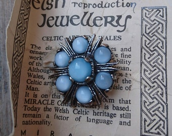 Vintage Miracle Welsh Celtic brooch