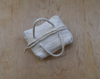 1940's white knit ribbon beach bag