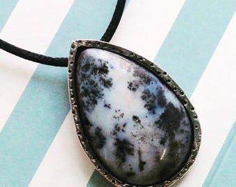 Silver & moss agate necklace