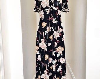 Vintage Maxi Dress Floral Black 70s Dress Short Sleeve XS-S Boho Dress Hippie Dress 1970s Festival Dress Vintage Dress 70s Floral Dress