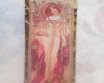 Romantic-Mucha pendant- Resin pendant, Vintage image, Mucha  pendant, woman with flowers, jewelry components, resin pendant