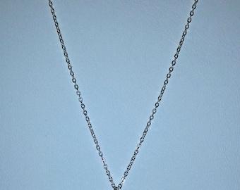Delicate Sterling Silver Hoop Leaf Pendant Necklace