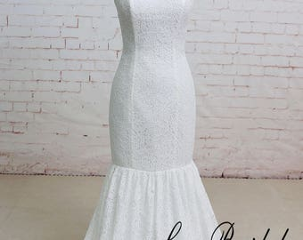Fit and Flare Vintage Lace Wedding Dress with Sweetheart Neckline