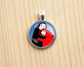 Family love hug round pendant any picture