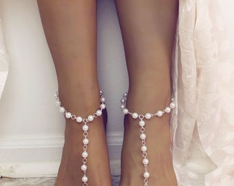 Beach Wedding Barefoot Sandals in white pearls and silver chain Bridesmaids gift Anklet Foot Jewelry Barefoot Jewelry