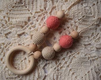cream salamon crochet sling, Breastfeeding Necklace, Crochet Nursing Necklace, Teething necklace with crochet beads - baby shower gift