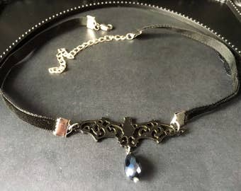 Bat Choker, Black Velvet Choker, Gift For Her, Black Bat Necklace, Black Choker, Vampire Necklace, Vampire Bat Choker, Gothic Bat Necklace
