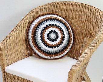 Crochet Cushion,Crochet Pillow,Round Cushion,Round Pillow,Round Crochet Pillow,Mandala Pillow,Home Decor Gift,Black and White,Vintage style