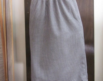 1960's Reproduction Mod Preppy Vintage Retro HoundsTooth Black and White waist pencil skirt