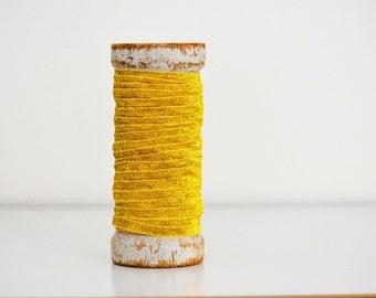 Gold Glitter Ribbon - 10 yards (9.14m)