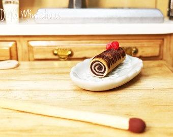 1:12 Scale. Miniature Swiss Roll. Dollhouse Miniature Food