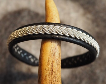 Sami Bracelet, Tenntrådsarmband, Pewter bracelet, Black leather bracelet, Swedish craft, Scandinavian craft