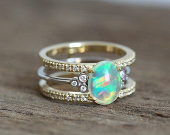 Opal engagement ring set | Etsy