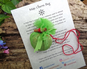 MONEY MOJO Gris Gris Bag. PROSPERITY Charm - Talisman, Amulet. Blended herbs, flowers, roots, resins, crystals. Wicca Pagan Hoodoo Love Luck