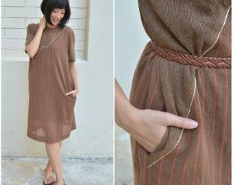 1970 Vintage Dress/ Arenia Shift Dress/ Medium Dress/ Japanese Vintage/ Brown Dress/ Shift Dress/ Hippie Coachella Dress/ Pocket Dress/ 70's
