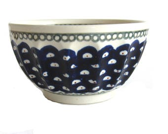 Boleslaweic Polish Pottery Made in Poland Polish Ceramic Bowl Momo Panache Cobalt Blue Peacock Hand Painted Scalloped Edges Forest Green