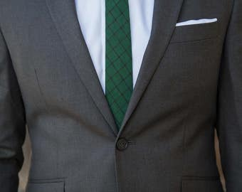 Evergreen Skinny Tie With Black Windowpane Plaid Pattern