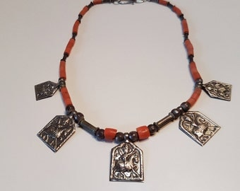 Rajasthan silver amulet necklace, Rajasthan silver, old corals necklace, Rajasthan jewelry, Amulet necklace, hindu, Indian jewelry