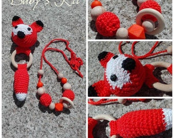 Fox rattle and orange Necklace