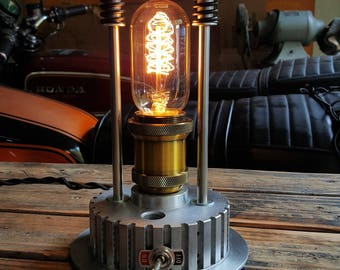 Vintage Radio Style Filament Motorcycle Lamp (Two-Rod)