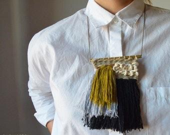handwoven necklace by Ranran Design