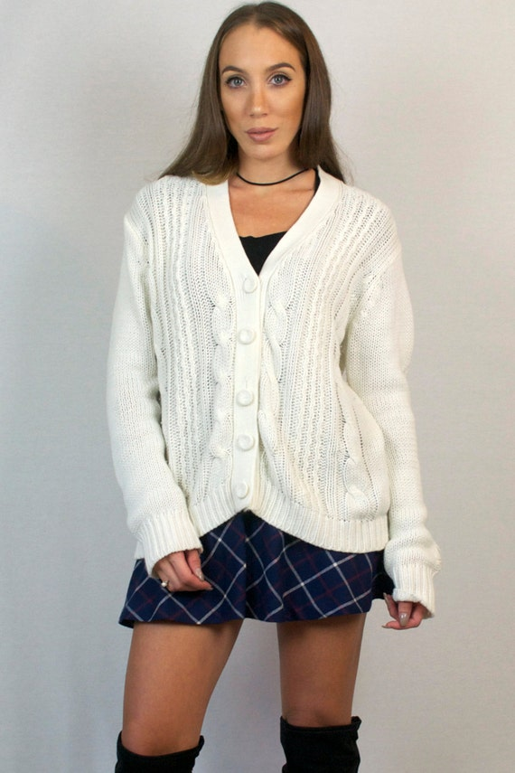 Vintage Cable Knit White Button Down V Neck Cardigan Sweater