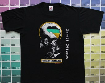 Vintage Nelson Mandela shirt | black history shirt men M L | anti-apartheid movement | South Africa t shirt women XL | it's a black thang