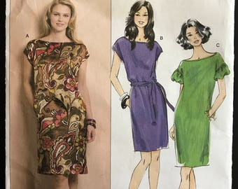 Butterick B5211 - Fast and Easy Sheath Style Dress with Bateau Neckline - Size 8 10 12 14