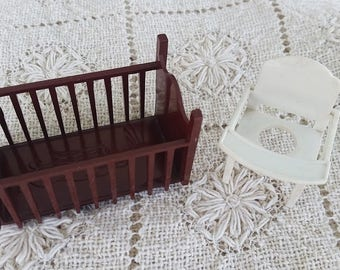 Vintage Dollhouse Baby Furniture, Baby Crib, Baby High Chair, Renwal Type, Marx Dollhouse, Hard Plastic Furniture, 1960s Dollhouse, Baby Bed
