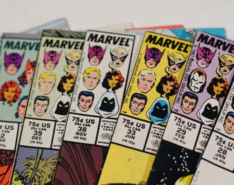21 West Coast Avengers comic book lot! 1984-1993 Marvel Comics Iron Man Hawkeye Moon Knight Vision Wonder Man Mocking Bird 1980s