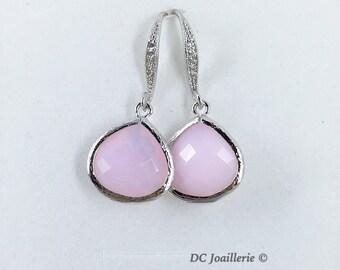 Pink Glass Drop Earrings, Bridesmaids Earrings,  Pink Earrings, Bridesmaids Gift, Bridal Party Gifts, Wedding Jewelry, Drop Earrings