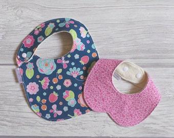 Baby Girl Bib Gift Set / Side Snap Bib / Peter Pan Collar Bib / Organic Cotton Fleece / Drool Bibs / Butterflies & Strawberries