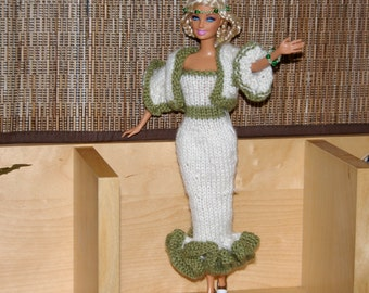 Ivory and green coat for Barbie - Hand-knitted - knit