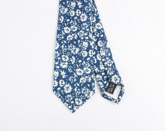 "Blue And Cream Floral Skinny Tie 2.36"" ""