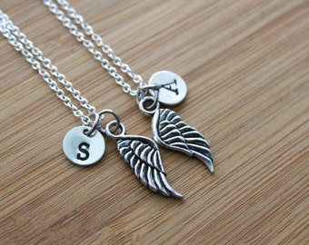 Pair of Angel Wings Necklaces, Personalized Angel Wing Necklaces, Set of 2 Best Friends Angelical Necklaces, Sisters Brothers Necklaces