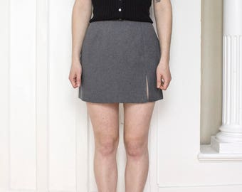 90s Grey Mini Skirt / Size Small / 26