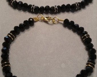 Black Rhinestone & Glass Beaded Bracelet