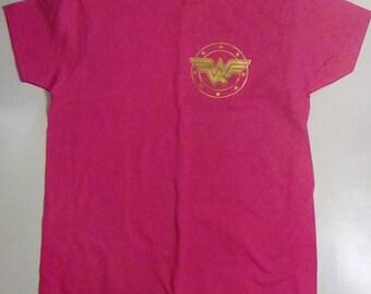 Wonder Woman Women's T-shirt Size Small