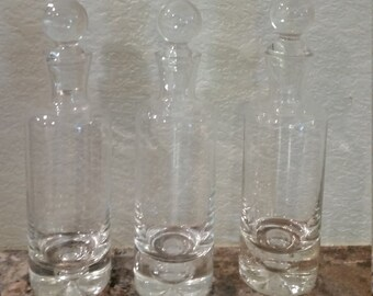 Simple Vintage Bubble Decanter Set of 3