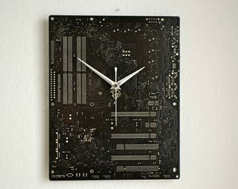 Retro Circuit Board Wall Clock, Industrial Recycled Black Computer Clock, Geek Modern Office Decor