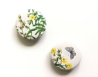 St. Johnswort Magnets / Flower Magnets / Nature Lover Magnets / Golden Nature Guide Fridge Magnets / Office Organizer / Stocking Stuffer