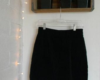 Velvet Mini Skirt // 90s Velvet Mini Skirt // Vintage Black Velvet Skirt
