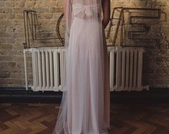 Blush pink wedding veil, pale pink veil, blush single tier veil, blush veil, soft veil, fingertip veil, chapel veil, cathedral - 'CORALIE'