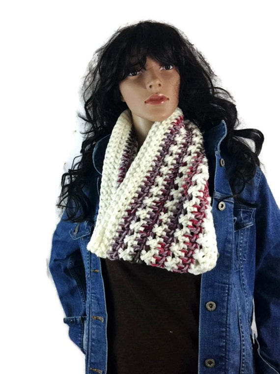 Outlander Scottish Flowers in the Snow Cowl Claire Scarf - Cream - Multicolored Diana Gabaldon Crocheted Neckwarmer CS15