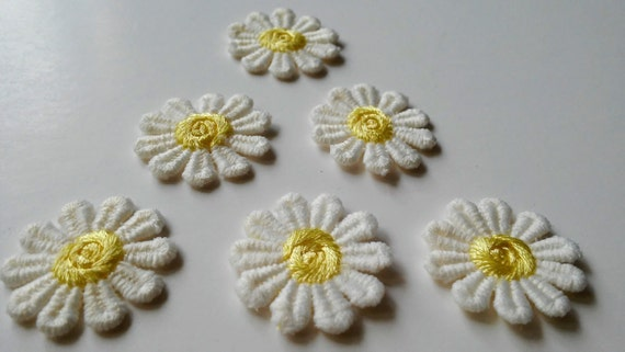 Flower patches small embroidered patch