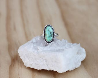 Turquoise Ring // Sterling Silver // Size 5.25
