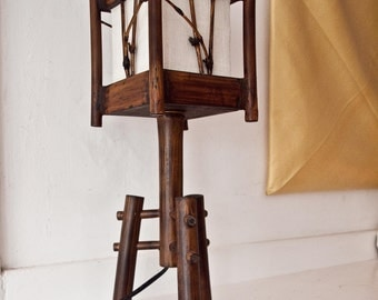 Vintage Arts and Craft Table Lamp