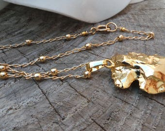 Gold arrowhead necklace. Gold dipped arrowhead. Bohemian arrowhead necklace. 24K gold plated arrowhead spear.Gold fill necklace.